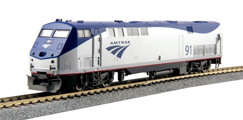 30 2003 Ge P42 Amtrak Phase Vb With Phase Ivb Superliner